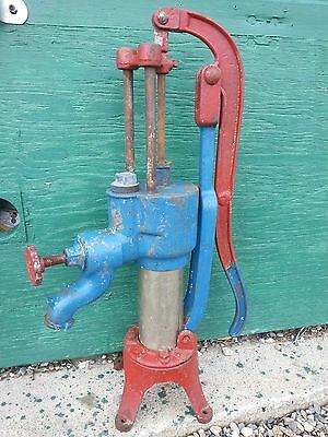 RARE SHAPE Antique Cast Iron Hand WATER PUMP in Good Condition