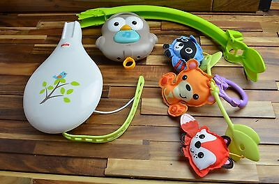 Fisher Price Woodland Friends 3 in 1 Musical Mobile CDM84