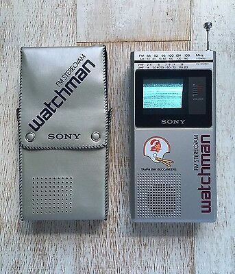 Vintage SONY Watchman FD-30A!  Tampa Bay Buccaneers! W Gorgeous Case!
