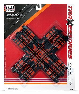 Traxessories Four Way Intersection Track Auto World kit #00174