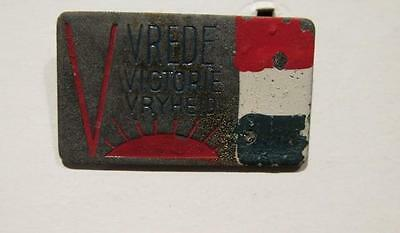 WWII Victory Lapel Pin with Dutch Flag, Rising Sun & Vrede Victory Vryheid