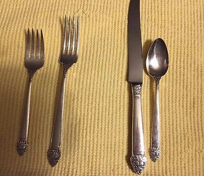 Vintage 4 piece King Cedric Community Plate Silver Flatware Place Setting