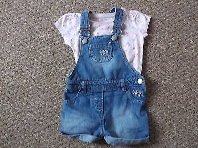 Girls Young dimension Blue denim Dungarees and T-Shirt  age 12-18 months