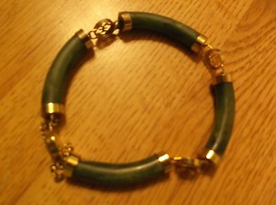 Vintage Jade Bracelet with gold tone round connectors w/ asian writings