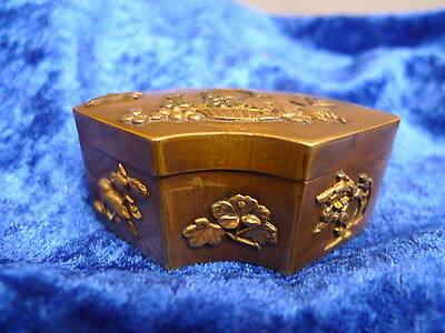 beautiful,antique Covered Dish__brass (o.Bronze)__It's nice Decorated__
