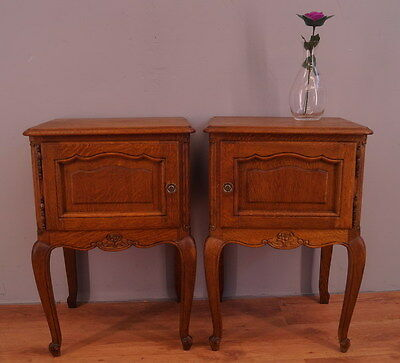 1091 !! Superb Oak Bedside Tables In Louis Xv Style !!