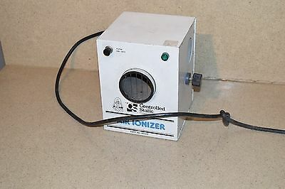 ** Controlled Static Air Ionizer Model 60410
