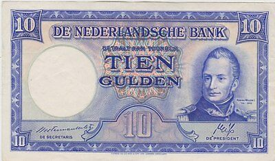P75a NETHERLANDS 1945 TEN GULDEN IN GOOD EXTREMELY FINE CONDITION