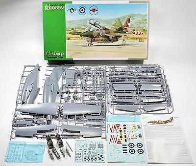 """SPECIAL HOBBY 32059 T-2 Buckeye """"Camuflaged Trainer"""" in 1:32"""