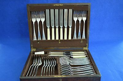 Antique Mappin & Webb Silver Plate Canteen of Cutlery - 42 Pieces - Oak Case