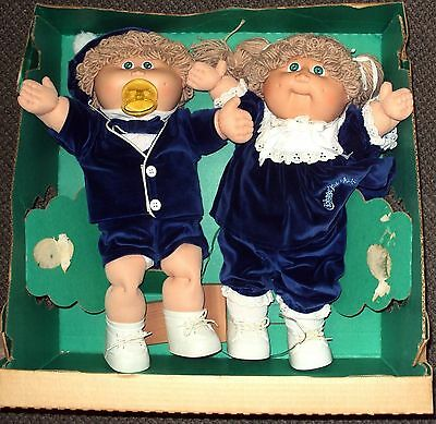 1985 cabbage patch doll twins in red
