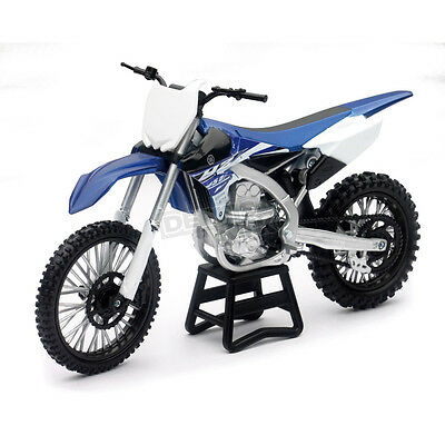 57703 2009 Yamaha YZ450F Dirt Bike Toy Motorcycle 1/12 Model by New Ray
