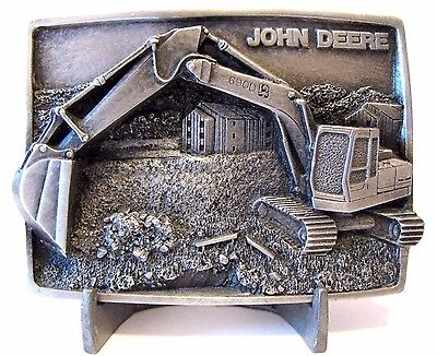 *1987 John Deere 690D Excavator Pewter Belt Buckle Moline IL Construction jd new