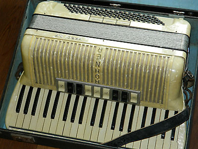 vintage ACCORDEON HOHNER Verdi III M 3 accordion fisarmonica GERMANY ancien