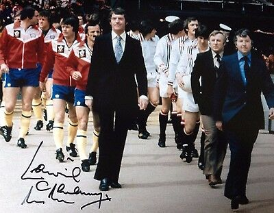 LAWRIE McMENEMY - SOUTHAMPTON LEGEND -SIGNED WEMBLEY PHOTO v MANCHESTER UNITED