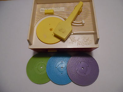 Fisher Price   vintage   Record Player / Music Box   (Model 995)