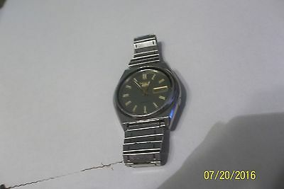 Vintage Seiko  Automatic ( 7009-8761 stainless water resistant