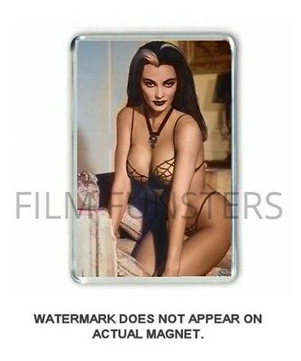 60's  NOSTALGIA 'LILY MUNSTER -THE MUNSTERS- COLOUR JUMBO FRIDGE MAGNET
