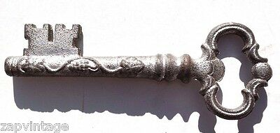 "VTG Antique Old Silver Cast Iron ""SKELETON KEY"" Decorative Victorian Key 6.5"""