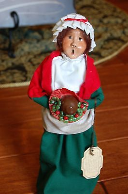 Byers Choice LTD 1986 The Carolers Mrs. Cratchit Figurine