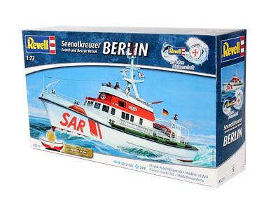 Revell 05211 - 1/72 Seenotkreuzer Berlin - Search And Rescue Vessel - Neu