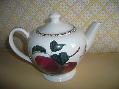 QUEENS BONE CHINA HOOKERS FRUIT TWO PINT TEA POT for ROYAL HORTICULTURAL SOCIETY
