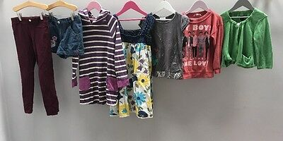 Girls Bundle Of Clothes. Age 7-8. H&M, Hello Kitty, Disney.  A2383