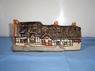 Anne Hathaway's Cottage - Tey Pottery - Britain In Miniature
