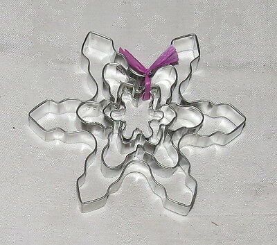 FOUR Star Snowflake Cookie Cutters Silvertone Metal
