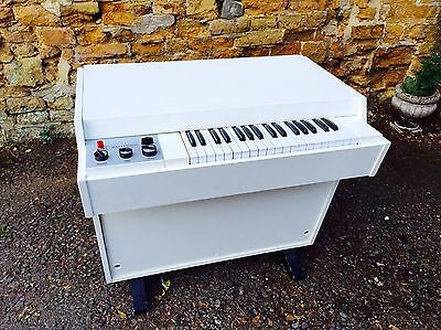 1970 Mellotron M400 Vintage Piano Synth - Used by Ray Davis of The Kinks