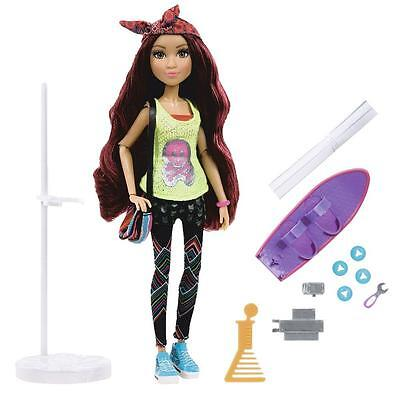Project MC² Doll - Doll with Experiment - Camryn´s Skateboard