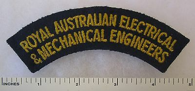 Post WW2 ARMY FLASH PATCH ROYAL AUSTRALIAN ELECTRICAL & MECHANICAL ENGINEERS