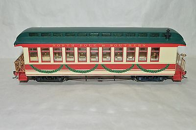 On30 scale Bachmann N. Pole & Southern RR Christmas Holiday passenger car train