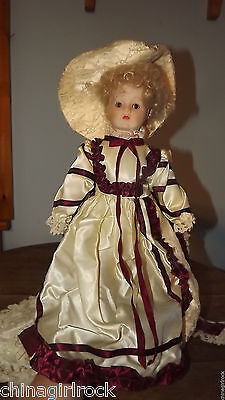 Vintage 18' Colonial Porcelain Doll BEAUTIFUL Look O729