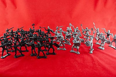 Lot of 40x Medieval Soldiers Plastic Battle Figures Grey & Black Bundle Toy Boys