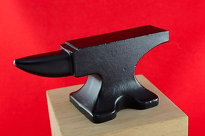 Vintage Cast Iron Small Anvil Blacksmith Desk Paperweight Crafts Jewellery Tool