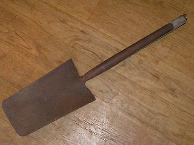 Vintage MADE IN ENGLAND Union Heat Treated Coal/Wood Shovel Flat Square Short
