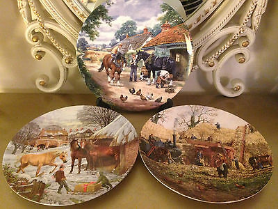 Vintage LOT of 3 x WEDGWOOD & ROYAL DOULTON Collector PLATES - Christmas etc