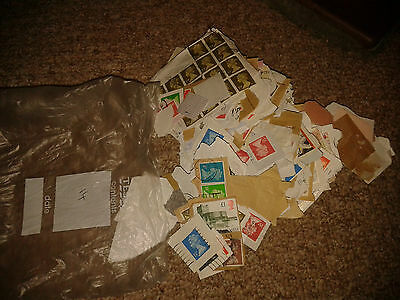 Collection Of Stamps - Gb Modern Mostly On Paper - Machin Stamps Etc (14)