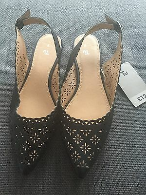 Ladies Black Shoes Size 7 New With Tags