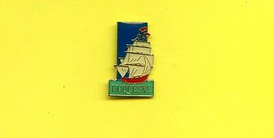 Pins  Alkohol Rum Duquesne  Rhum   Segelboot  Sailboat   Nl336