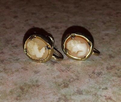 Vintage Cameo Earrings Screw Shell Cameos Goldtone