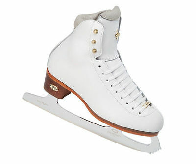 Riedell  #91 LS girls skates 1, 2 1/2, or 3 1/2  NEW in box!