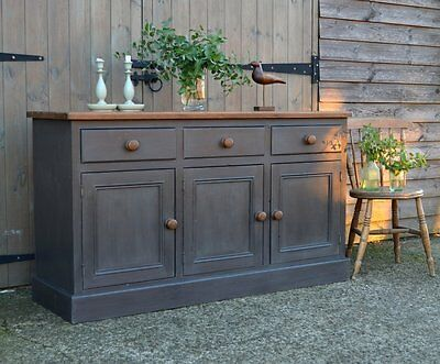 * Lovely Rustic Painted Pine Dresser / Sideboard ~ Shabby Country Chic*