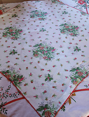 vintage christmas tablecloth 36x36 inches
