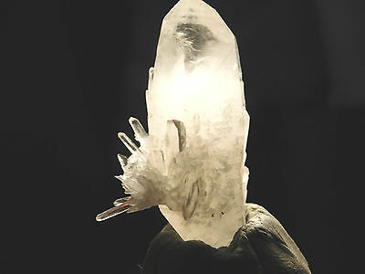 A Small Quartz Crystal Cluster with Radiating Points! from Peru 21.7gr