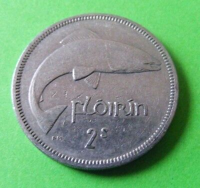 Irish Two Shillings Or Florin Coin Minted 1966 - Leaping Salmon - Ireland