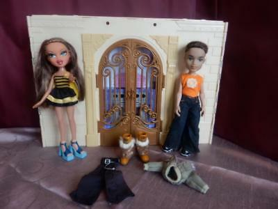 Bratz Dolls House & Bratz Dolls Boy and Girl