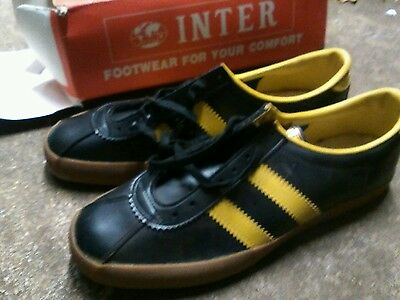 Rare pair of vintage INTER Mens trainers size 10 in original box NORTHERN SOUL