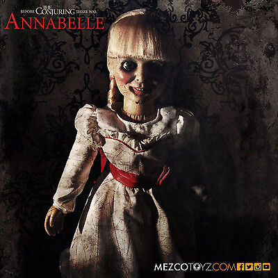 Mezco Toys Conjuring - Die Heimsuchung Replik Puppe Annabelle 46 cm Replica